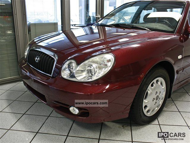 2003 Hyundai  Sonata GLS AHK Limousine Used vehicle photo