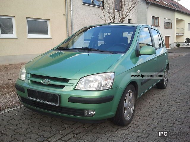 2002 Hyundai  GLS Sport Small Car Used vehicle photo