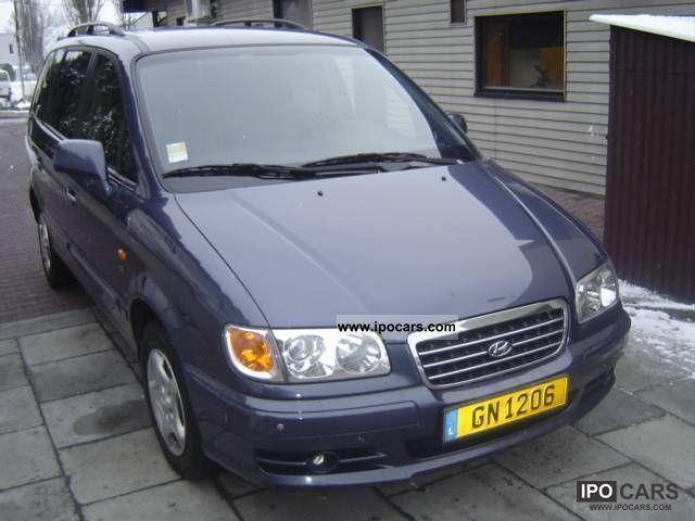 2002 Hyundai  Trajet Van / Minibus Used vehicle photo