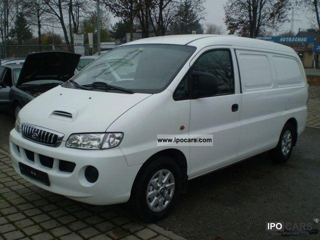 2005 Hyundai  H 1 2.5 cdti Van / Minibus Used vehicle photo