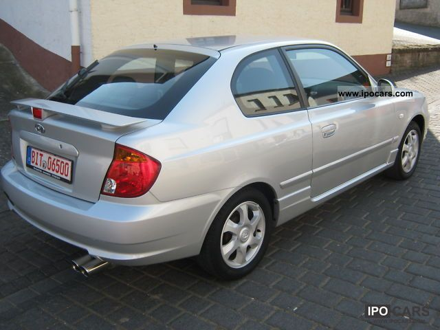 2005 Hyundai  Accent coupe, excellent condition, 2 Hand TÜV new CD Small Car Used vehicle photo