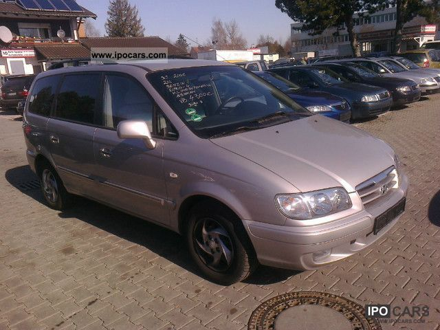 2006 Hyundai  Trajet 2.0 GLS * AIR * EURO - 4 * 7 SEAT * 109,000 km Van / Minibus Used vehicle photo