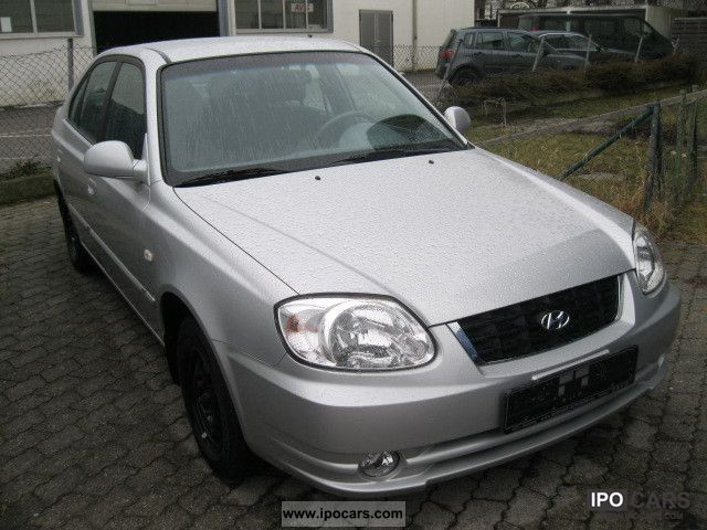 2006 hyundai accent lc gls 3 1 5 door car photo and specs. Black Bedroom Furniture Sets. Home Design Ideas