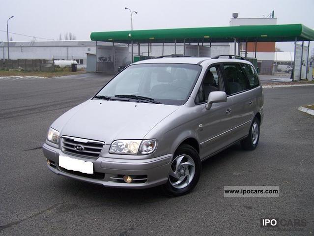 2006 Hyundai  Trajet Van / Minibus Used vehicle photo
