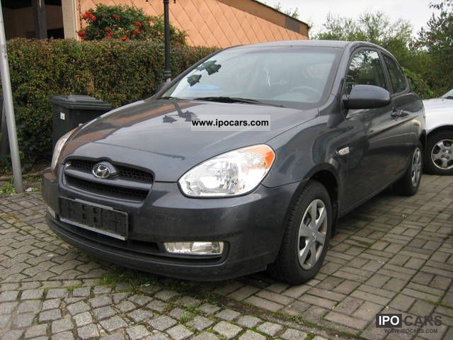 2006 Hyundai  Accent 1.5 CRDi Small Car Used vehicle photo