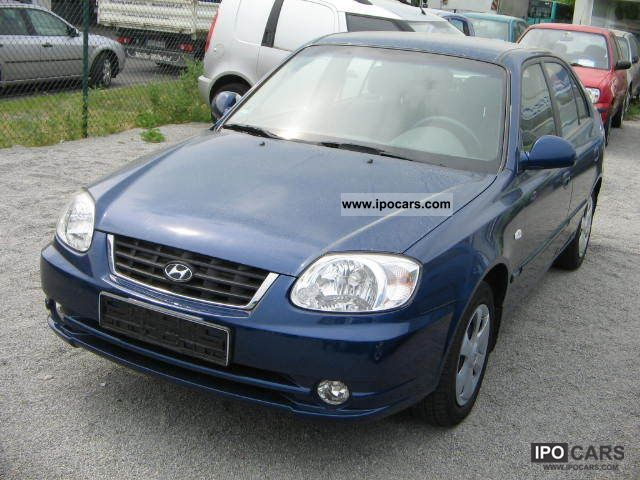 2006 Hyundai  Accent 1.Hand + Air Conditioning Limousine Used vehicle photo