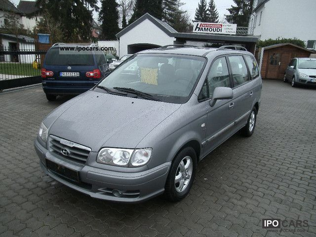 2005 Hyundai  Trajet 2.0 CRDi ** LEATHER SEATS * 7 * SITHEIZUNG Van / Minibus Used vehicle photo