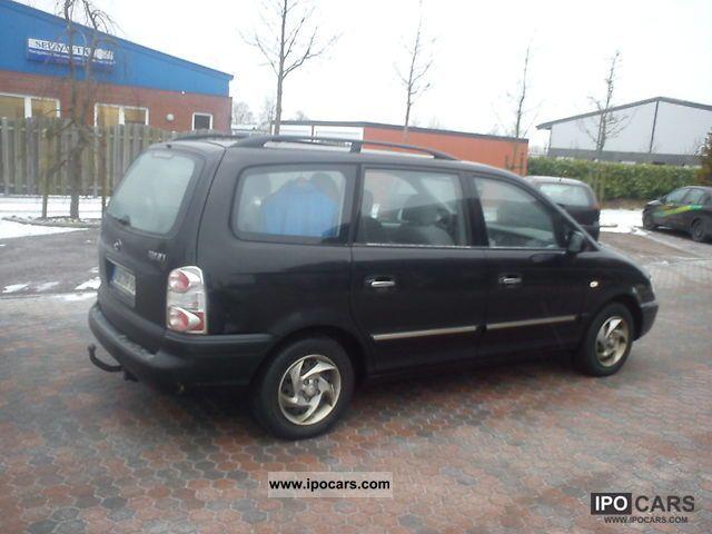 2005 Hyundai  Trajet 2.0 GLS Van / Minibus Used vehicle photo