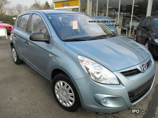 Hyundai i20 1.2i Classic 8x present climate 2010 Used vehicle photo