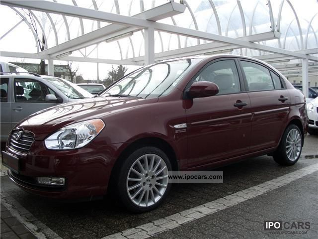 2006 Hyundai  Accent 1.4i 16 \ Small Car Used vehicle photo