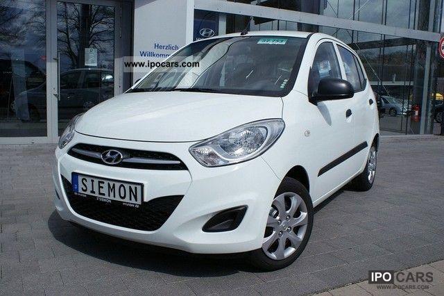 2012 Hyundai  i10 1.1 Air conditioning * FIFA World Cup Edition Zusatzpake Small Car Pre-Registration photo