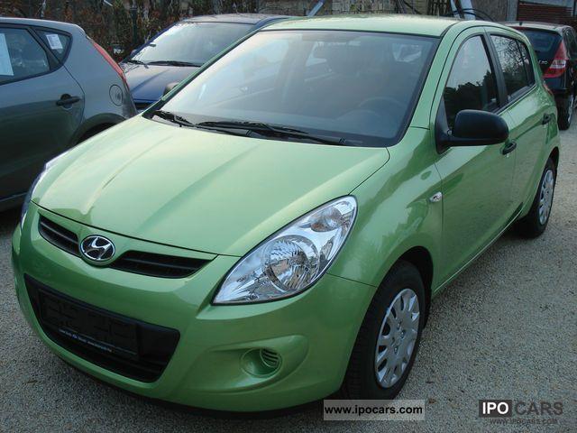 2011 Hyundai I20 1 2 Life A C Car Photo And Specs