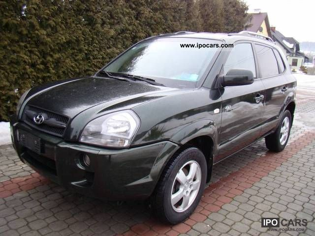 2004 hyundai tucson 2 0 crdi 4x4 air car photo and specs. Black Bedroom Furniture Sets. Home Design Ideas