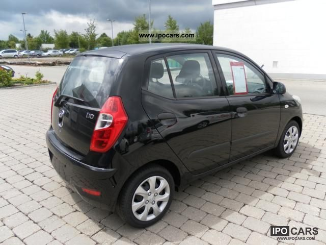 2012 hyundai i10 1 1 edition with 5 years warranty car photo and specs. Black Bedroom Furniture Sets. Home Design Ideas