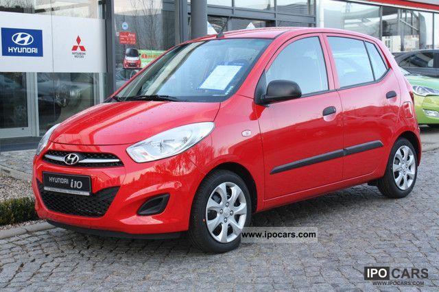 2012 Hyundai  i10 1.1 2 Airbag ABS 5-door radio / CD MP3 air Small Car Demonstration Vehicle photo