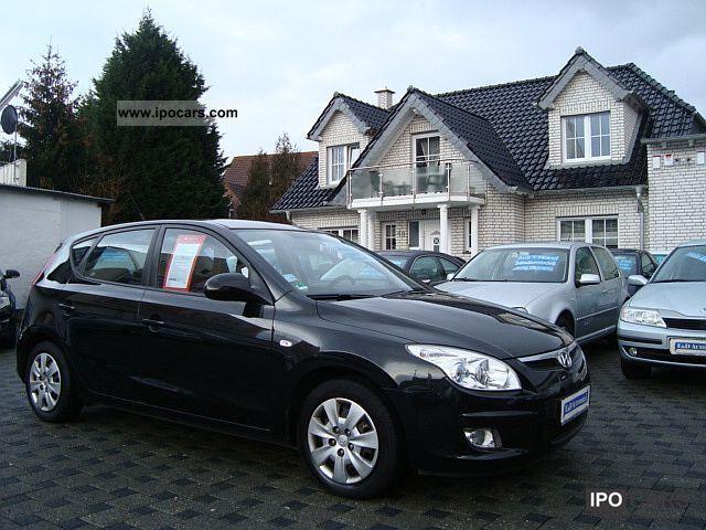 2007 Hyundai  i30 1.6 CRDi * ORG.120000KM * AIR * EURO 4 DPF * Limousine Used vehicle photo