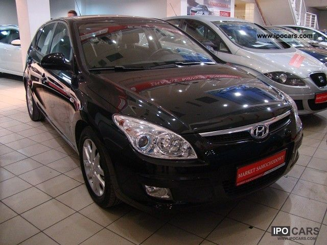 2007 Hyundai  i30 1.6 CRDI 115km Other Used vehicle photo