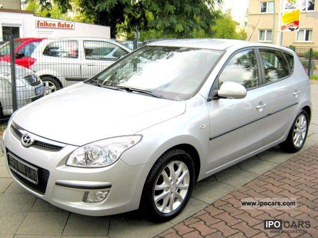 2007 Hyundai  i30 1.6 16V STYLE - 38,000 KM \ Limousine Used vehicle photo