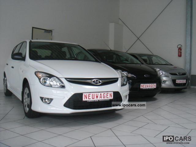 2011 Hyundai  i30 *** NOW AVAILABLE *** Limousine New vehicle photo