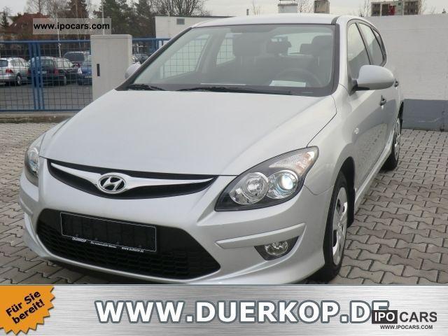 2011 Hyundai  i30 Air Base Plus + el Feh. + Metallic Limousine Pre-Registration photo