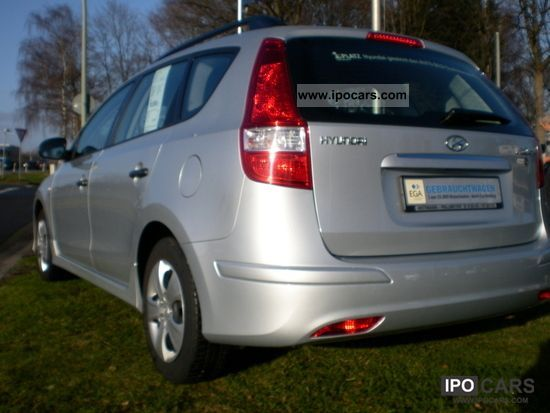 2011 Hyundai  i30cw Edition Plus. Estate Car Used vehicle photo