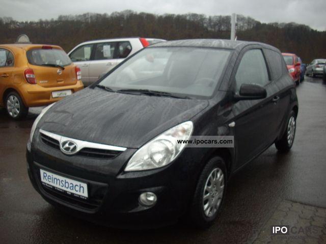 2010 Hyundai  i20 1.4 CRDi Style 1.Hand ** + NAVI + checkbook ** Small Car Used vehicle photo