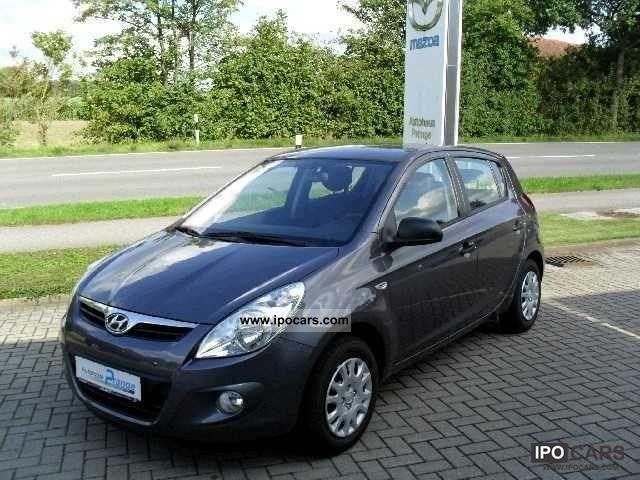 2012 Hyundai  i20 Comfort Line 1:25 Small Car Used vehicle photo