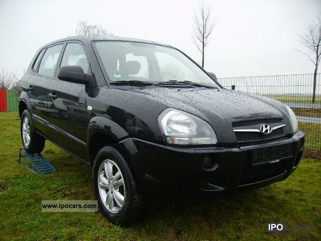 2009 Hyundai  Tucson 2.0 2WD car with gas only 77000km Off-road Vehicle/Pickup Truck Used vehicle photo