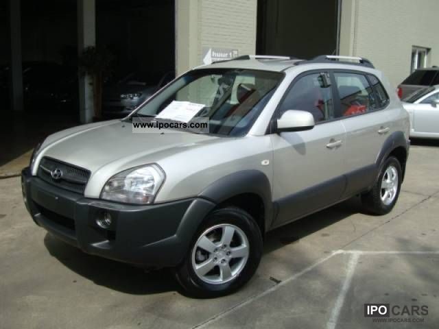 2008 Hyundai  TUCSON 2.0i 4x2 Limousine Used vehicle photo