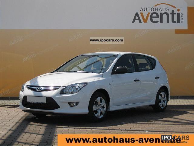2012 Hyundai  i30 Edition 1.4 Load 5T * AIR / ESP * Limousine Pre-Registration photo