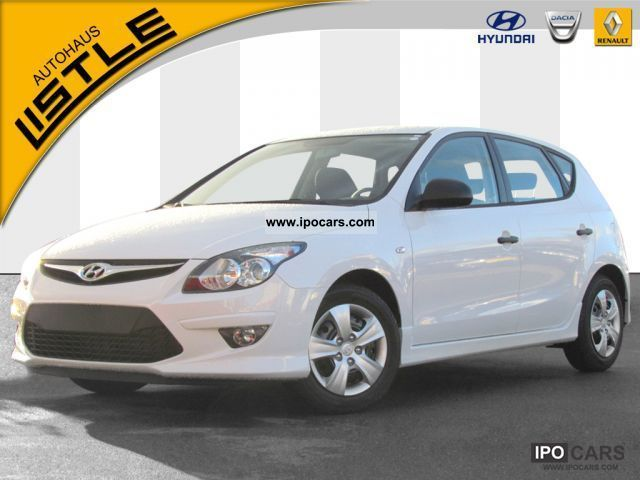 2012 Hyundai  i30 1.4 Edition Limousine Pre-Registration photo
