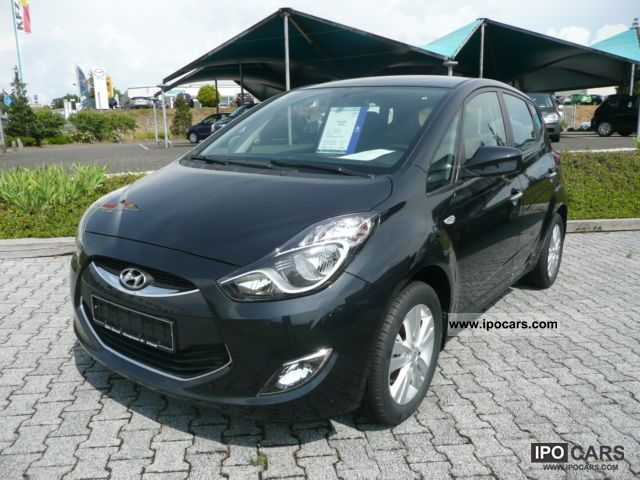 2012 Hyundai  ix20 1.4 Comfort Air / navigation system available! Van / Minibus Used vehicle photo