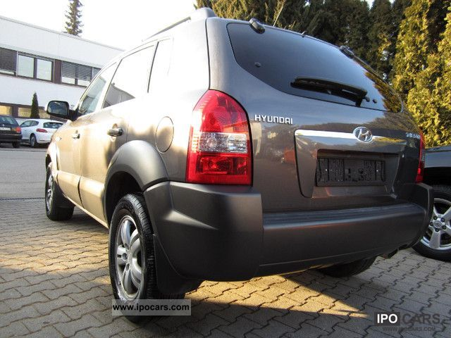 2009 Hyundai  Tucson 2.0 4WD FULL LEATHER 15000km GLASS ROOF PDC Off-road Vehicle/Pickup Truck Used vehicle photo