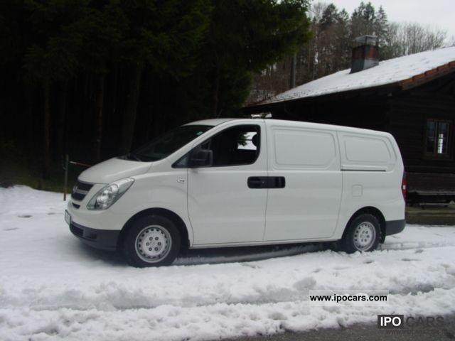 2010 Hyundai  H-1 Starex Grand, 3-seater, 29.4 thousand km, TC Van / Minibus Used vehicle photo