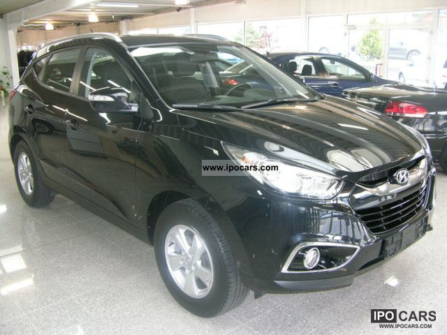 2010 Hyundai  ix35 2.0 2WD Style / GERMAN CAR / 5 YEARS Off-road Vehicle/Pickup Truck Used vehicle photo