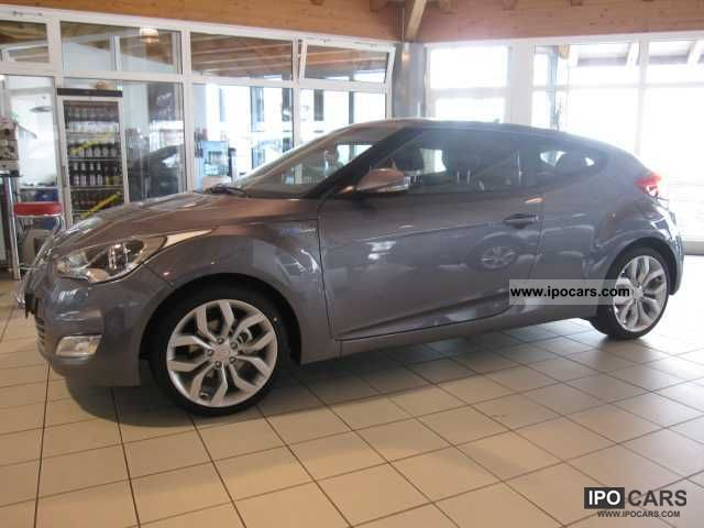 2011 Hyundai  Veloster 6.1 GDI Blue Premium LEATHER PART / PDC Sports car/Coupe New vehicle photo