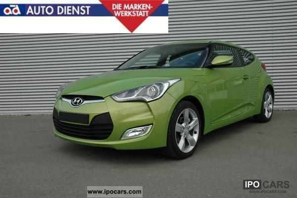 2011 Hyundai  Veloster Sports car/Coupe New vehicle photo