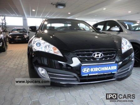 2011 Hyundai  Genesis Coupe 2.0 T Sports car/Coupe Used vehicle photo