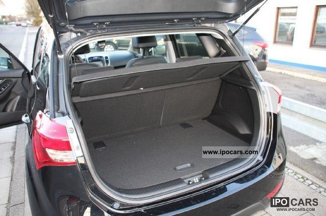 2012 Hyundai ix20 1.4 CRDI Blue I-Catcher Van / Minibus Pre ...