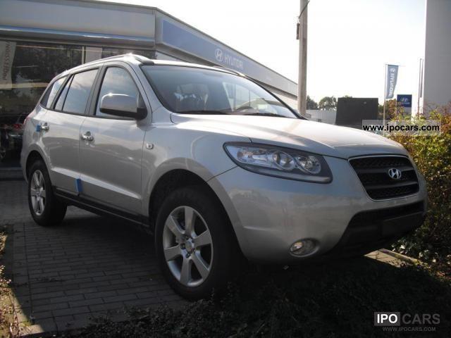 2011 Hyundai  Santa Fe \ Other Employee's Car photo