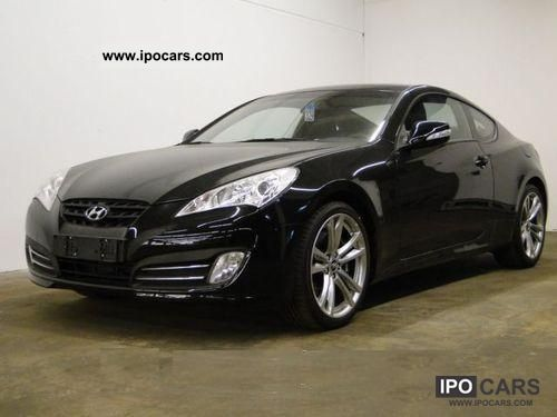 2011 Hyundai  Genesis 3.8 V6 Automatic Sports car/Coupe New vehicle photo