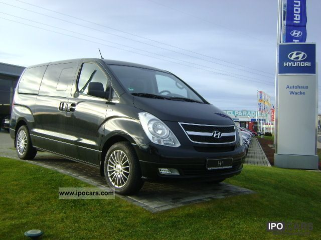 2011 Hyundai  H-1 travel Van / Minibus Used vehicle photo