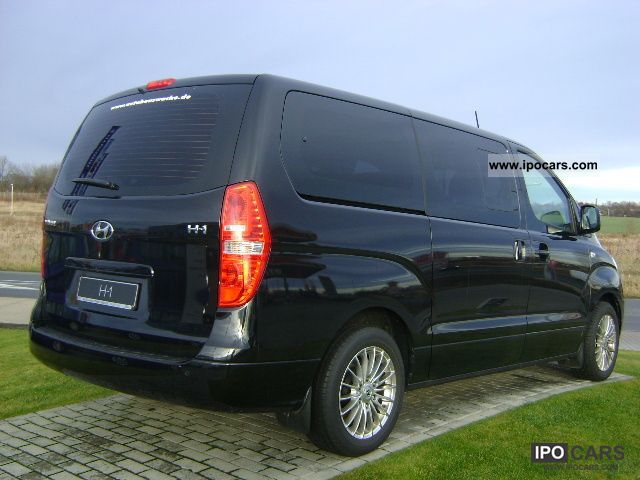 2011 hyundai h 1 travel car photo and specs. Black Bedroom Furniture Sets. Home Design Ideas