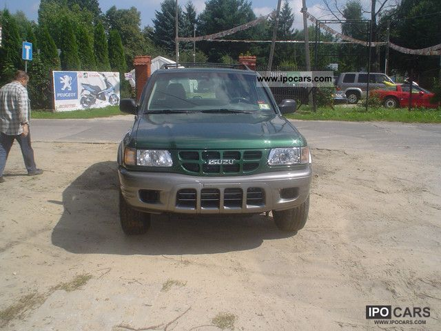 2002 Isuzu Rodeo - Car Photo and Specs