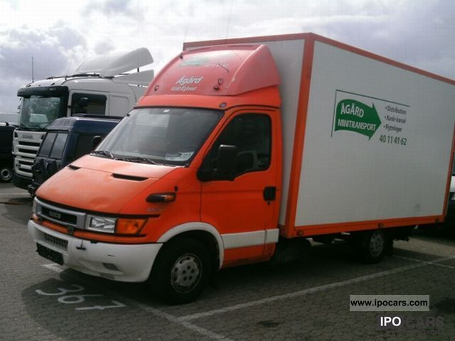 2002 Iveco  35 S 12 V Cool Van / Minibus Used vehicle photo