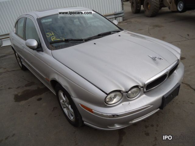 2002 Jaguar  X-TYPE Limousine Used vehicle (business photo