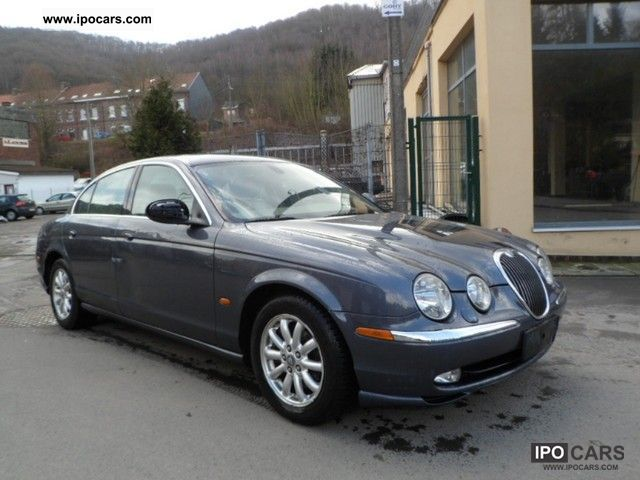 2003 Jaguar  S-Type 2.5 V6 Executive Limousine Used vehicle photo