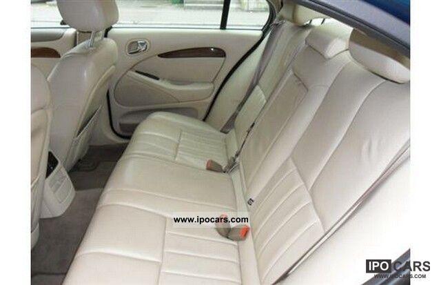 2002 Jaguar S-Type 2.5 V6 Executive Limousine Used vehicle photo 3