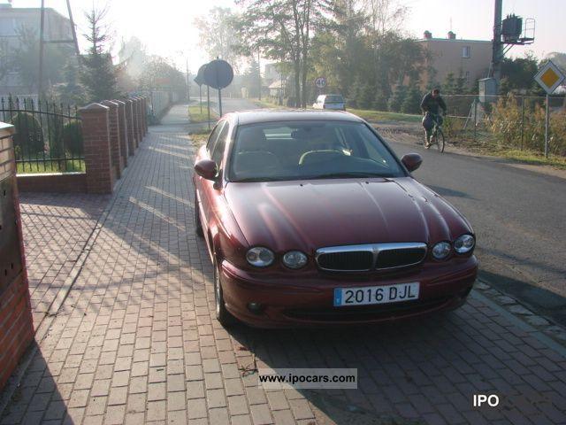 2005 Jaguar  X-Type Limousine Used vehicle photo