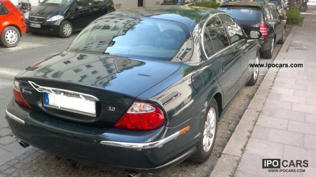 2003 Jaguar S-Type 3.0 V6 Sport Limousine Used vehicle photo